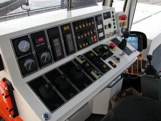 BSV 6000 SIDE 1.JPG